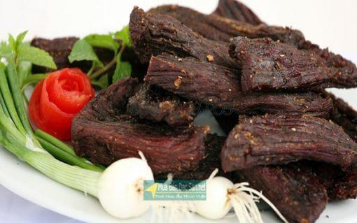 Thịt lợn gác bếp SaPa